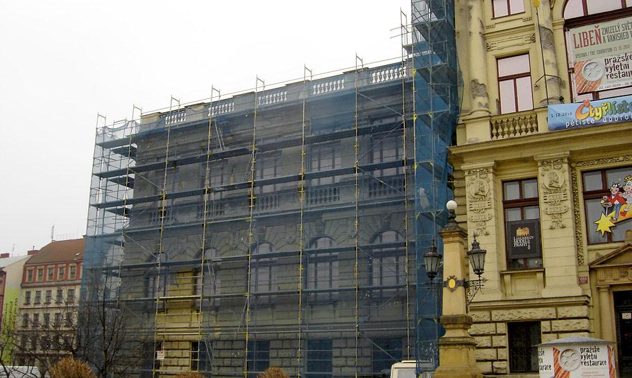 Muzeum hlavního města Prahy - fasádní lešení
