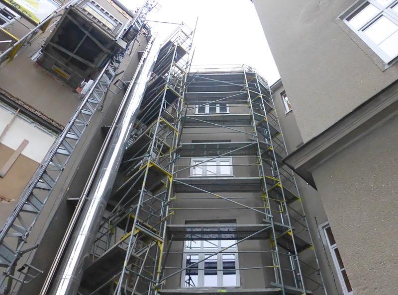 Nemocnice Milosrdných Bratří Brno - fasádní lešení