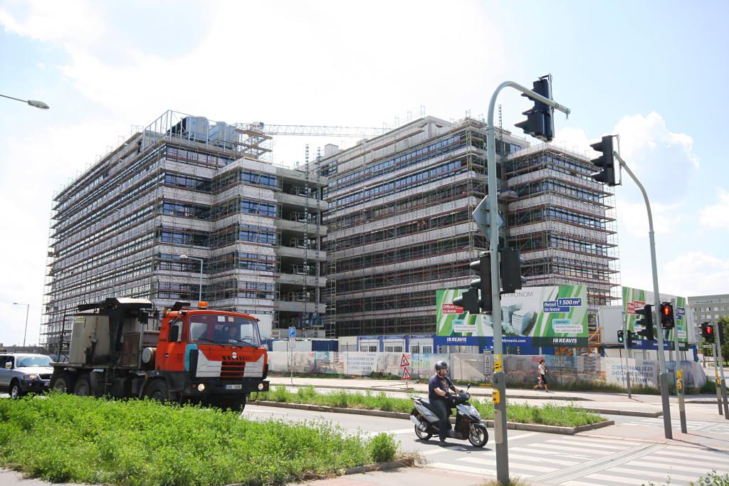 Metronom Business Center, Praha 5 - fasádní lešení