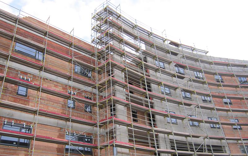 Nemocnice v Uherském Hradišti - fasádní lešení