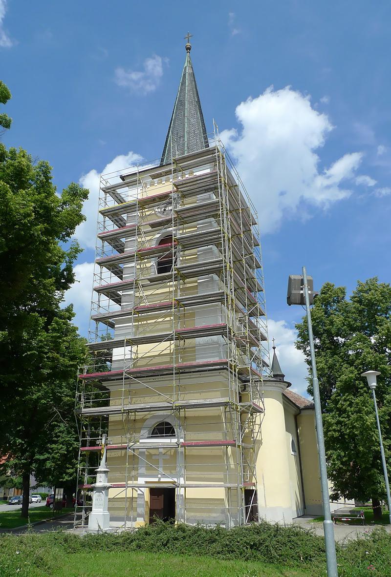 Kostel Brno Bystrc - fasádní lešení, půjčovna lešení
