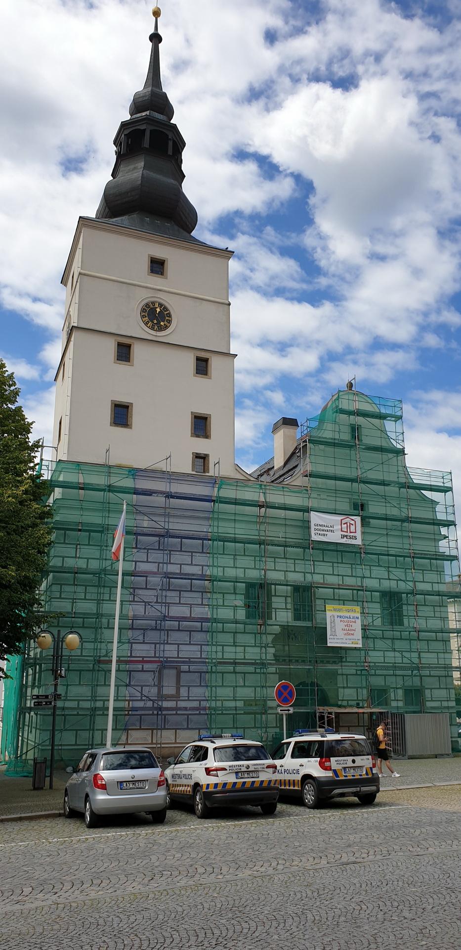 Fasádní lešení - Lanškroun, radnice